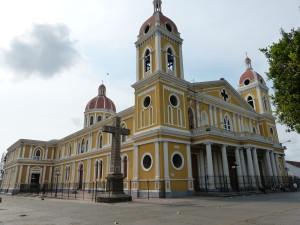 """Kathedrale """"Asunción"""" in Granada, Nicaragua"""