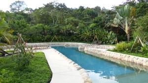 Pool der Hakuna Matata Lodge